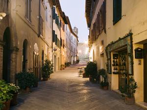 Visitare la campagna Toscana e Montalcino