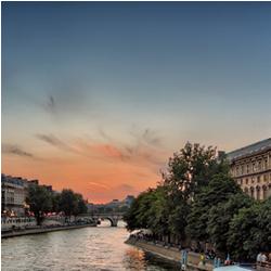 Se promener le long de la Seine