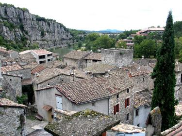 Visiter l'Ardèche au printemps en échange de maison