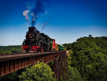 Conseil de membre HomeExchange pour visiter l'Occitanie : prendre le train à vapeur d'Anduze à Saint-Jean du Gard