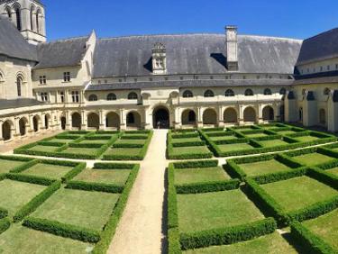 Visiter abbaye royale de fontevraud