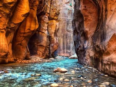 partir en randonnée dans le Canyon de Zion aux Etats Unis - échange de maison